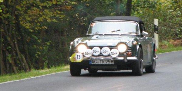 TriumphTR250